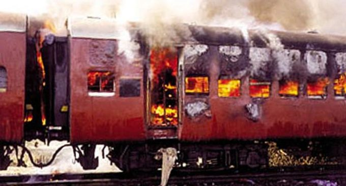 Godhra Train Burning Case: Gujarat High Court Converts Death Sentence Of 11 Convicts To Life Imprisonment