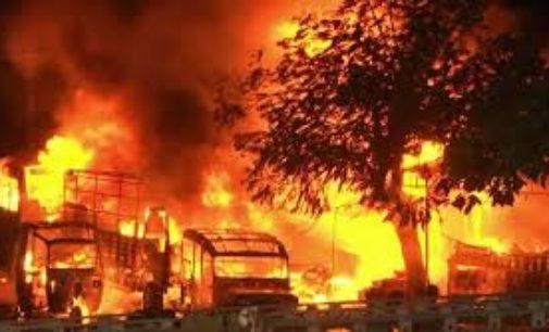 17 dead in major fire mishap in Delhi