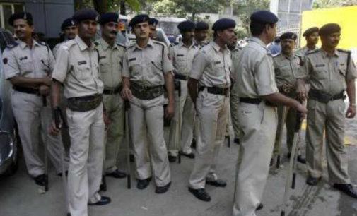 Delhi police  beefed up security around Maharashtra Sadan