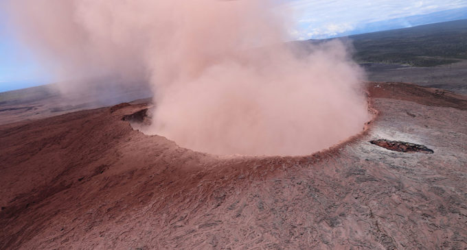 Kilauea volcano erupted Thursday in Hawaii