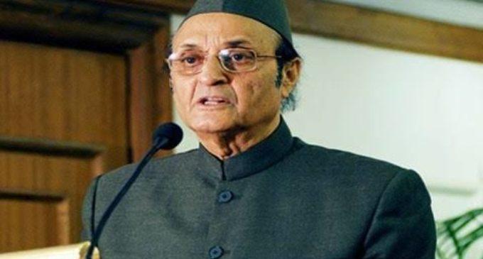 Dr Karan Singh agrees with Amit Shah ?