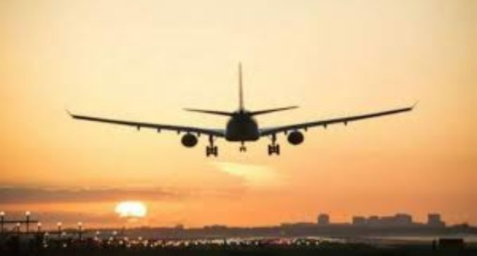 Pak closes air corridor for second time