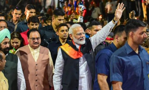 Modi gets heroes welcome back India
