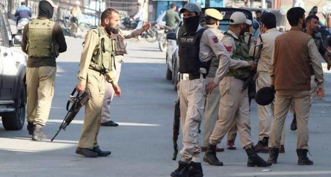 Terrorist threw grenade at Srinagar Lal Chowk
