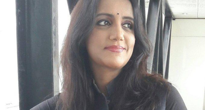 Scribe Swapna of Sakshi club catches Jagan attention