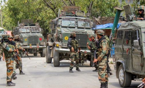 Pak terrorists strike in Kashmir